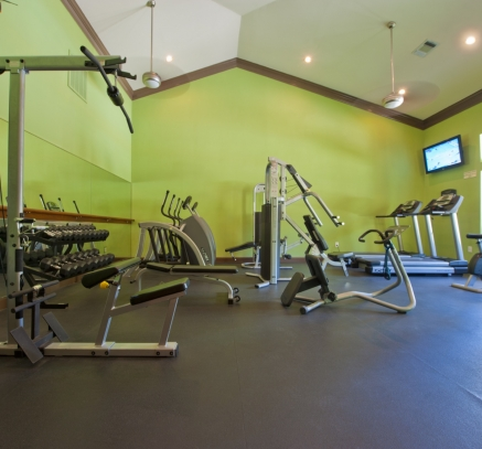 Fitness Center at Camden Breakers Apartments in Corpus Christi, Texas